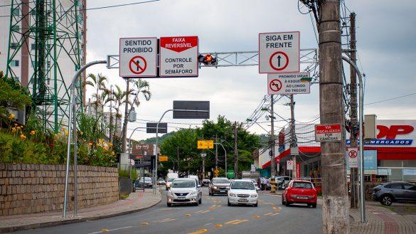 Rua General Osório. Faixa reversível